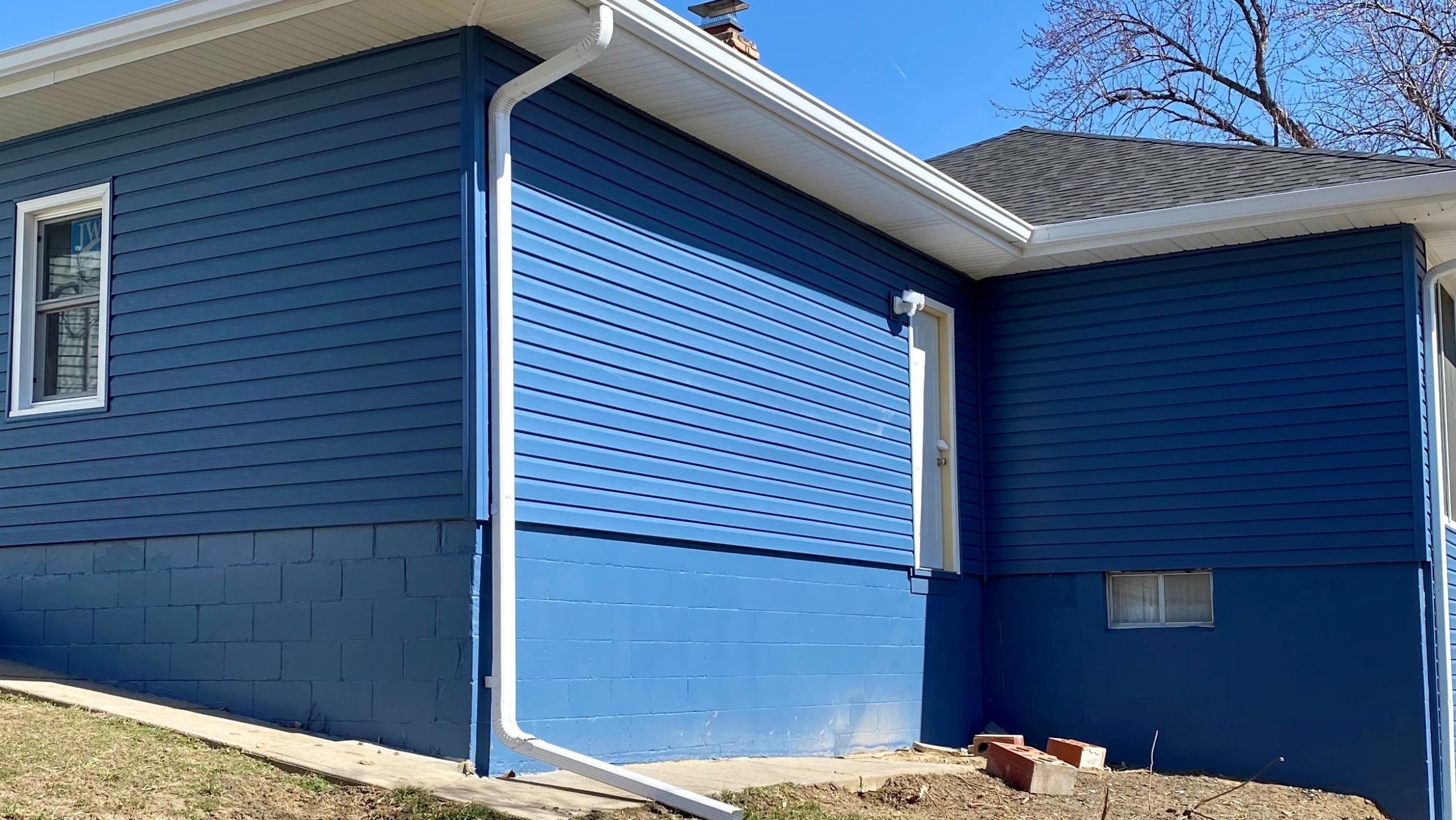 exterior painting on sides of house